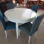 Mesa Branca cadeiras Azuis1